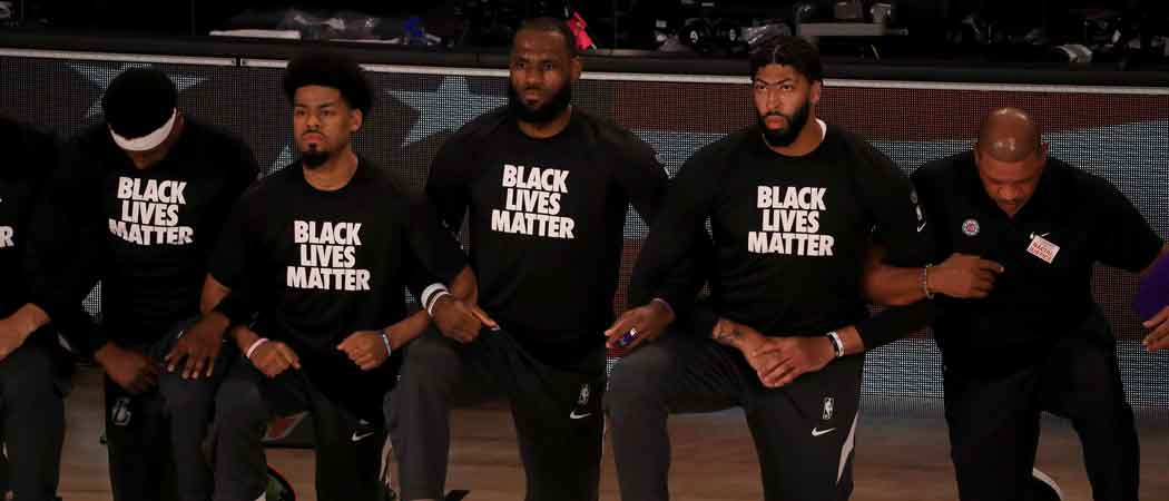 LeBron James, Anthony Davies & Other NBA Players Kneel For Anthem As NBA Returns