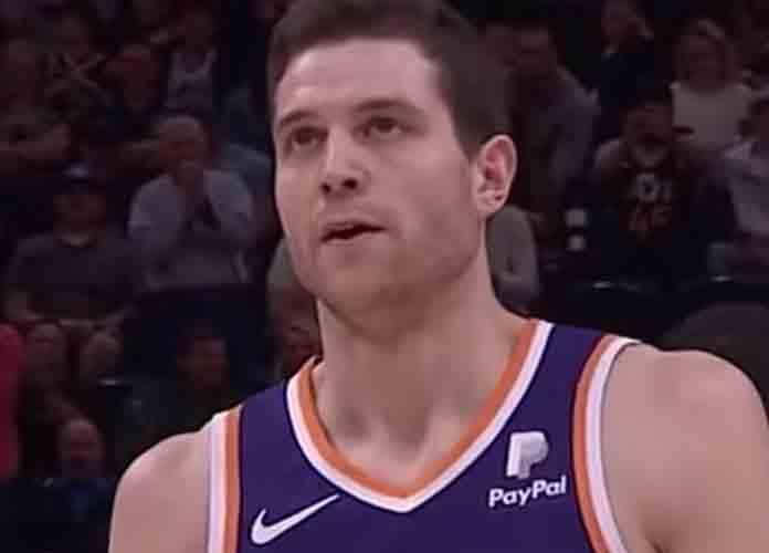 Suns' Jimmer Fredette Gets Standing Ovation In Utah Game Vs. Jazz [VIDEO]