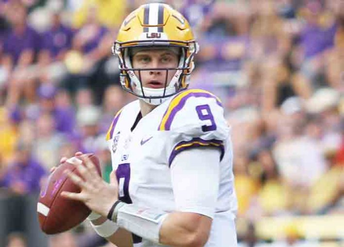 Joe Burrow's Hands Measured At Nine Inches At NFL Combine, Among Smallest Ever 1st Round QBs