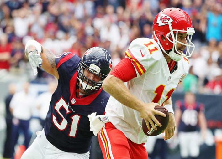 Alex Smith Appears On 'Sports Illustrated' Cover For Clay Matthews Hit