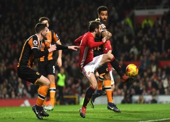Juan Mata, Marouane Fellaini Lead Manchester United To 2-0 Win Over Hull City