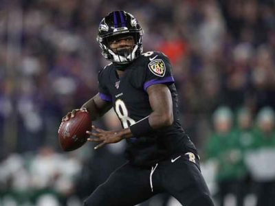 Lamar Jackson Throws 5 Touchdowns in Dominant Win Over Jets 42-21