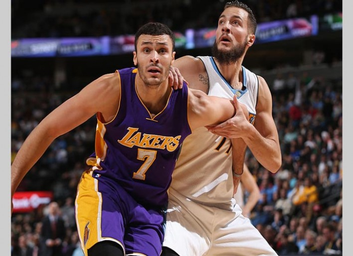 LA Lakers Rookie Larry Nance Jr. Gets Up, Throws Down Alley-oop Vs. Golden State Warriors