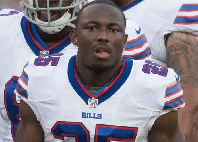Veteran RB LeSean McCoy Signs With Tampa Bay Buccaneers