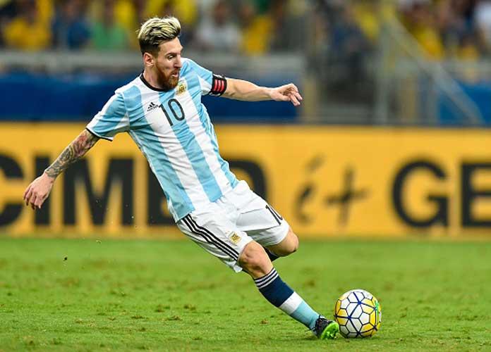 Lionel Messi Statue Broken In Half In Buenos Aires