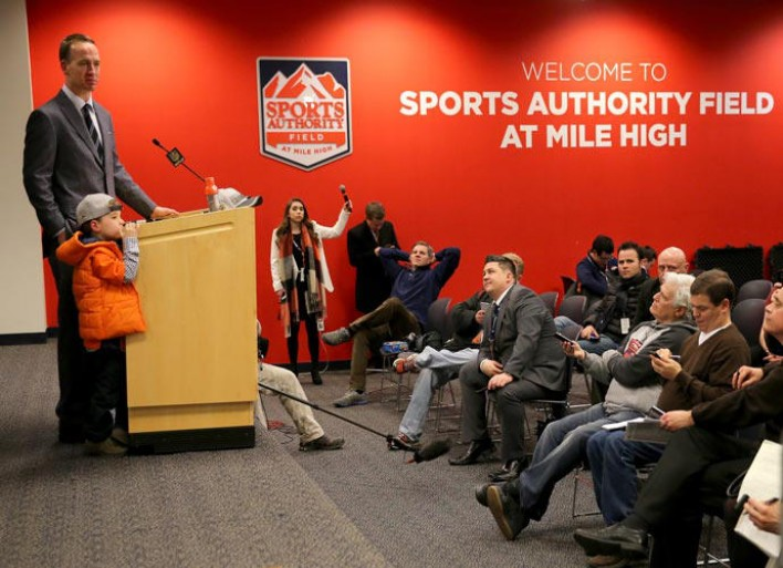 Marshall Manning, Peyton Manning's Son, Has A Shy Cameo During Press Conference