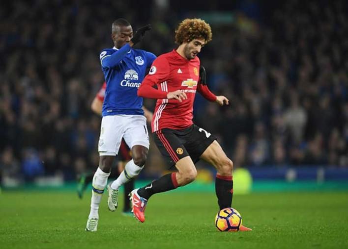 Fans Angrily React On Twitter To Man U Sub Marouane Fellaini's Error In 1-1 Tie Vs Everton