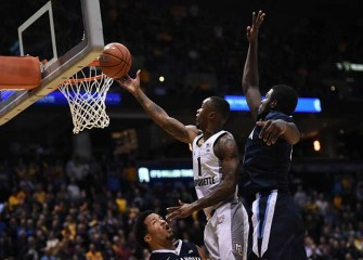 Watch: Marquette Beats No. 1 Villanova 74-72, Golden Eagles Fans Storm Court