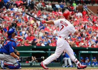 Cardinals Defeat Cubs 5-3 After 3-Hour Delay