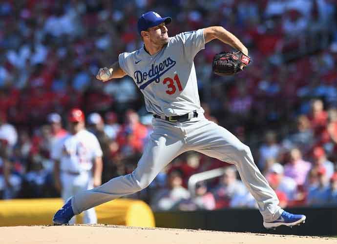 Dodgers Clinch Postseason Spot After Beating Diamondbacks