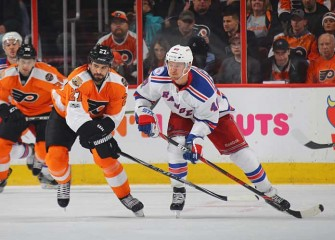 Kevin Hayes, Michael Grabner Lead Rangers To 5-2 Win Over Flyers