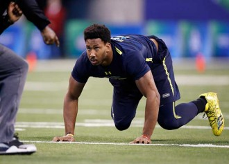 "Browns' Myles Garrett Says He Was Punched By ""Fan"" Who Asked Him For Photo"