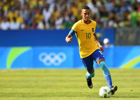 Neymar Hoping To Return From Foot Injury To Play In 2018 FIFA World Cup