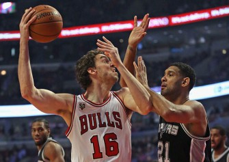 Chicago Bulls Beat San Antonio Spurs 92-89 In Thriller