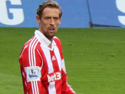 England Striker Peter Crouch Announces Retirement Via Twitter