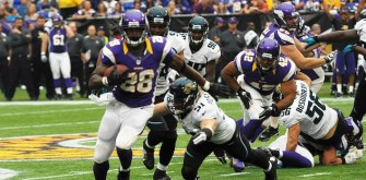Minnesota Vikings' Adrian Peterson Returns To Practice
