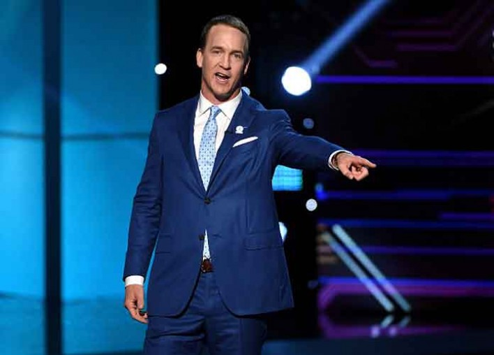Watch 2017 ESPYs Highlights: Peyton Manning Roasts Kevin Durant, And More