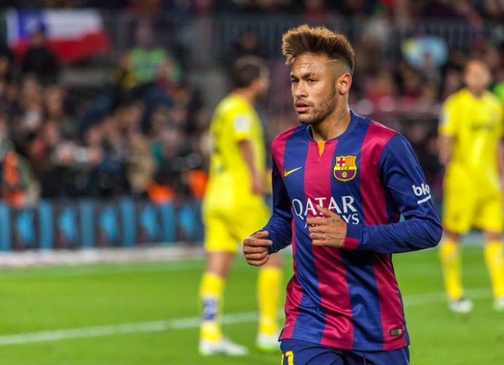 Gerard Pique Tweets Neymar Is Staying At Barcelona Following PSG Transfer Rumors