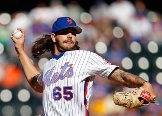 Mets Rout Phillies 17-0, Take NL Wild Card Lead