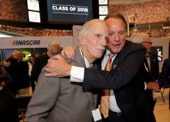 Hall Of Fame NASCAR Owner Robert Yates Dies At 74, Tributes Pour In