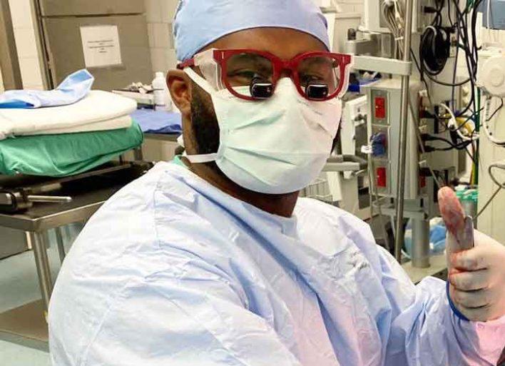 Former Titans DB Myron Rolle Documents His Battle With Coronavirus As A Neurosurgery Assistant