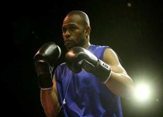 Roy Jones Jr. Tweets Desire To Fight Anderson Silva On Mayweather Vs McGregor UFC Card