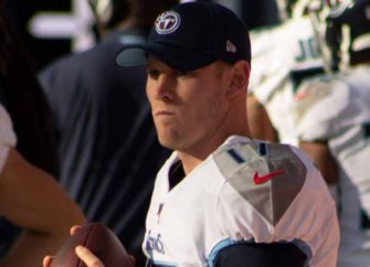Ryan Tannehill Re-Signs With Titans On 4-Year Deal Worth Up To $118 Million