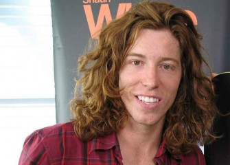 Shaun White Wins Gold Medal In Halfpipe At Winter Olympics 2018, Slammed For Dragging Flag On Snow
