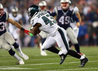 Eagles' Darren Sproles Out For Season After Dual Injuries On Same Play