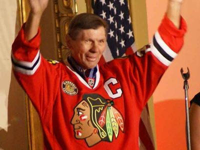 Blackhawks Legend Stan Mikita Dies At 78 After Long Battle With Dementia; Mike Meyers & Other Celebs Pay Tribute