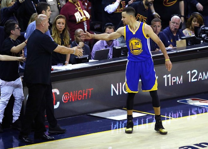 OPINION: Steph Curry Is A Crybaby
