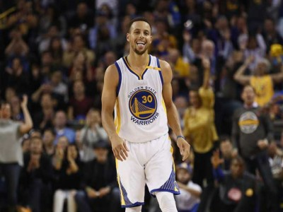 Warriors Rout Rockets 126-85 In Game 3 To Lead Series [VIDEO]