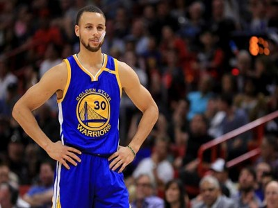 Stephen Curry Calls Out Under Armour CEO Over Donald Trump Comments