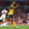Theo Walcott Off To Strong Season After Scoring Two Goals in Arsenal's 2-0 Win Over Basel