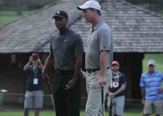 All-Time Greats Tiger Woods & Peyton Manning Paired At Memorial Tournament [PHOTOS]