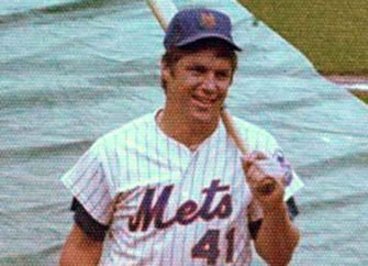 Legendary Mets Pitcher Tom Seaver Dies At 75