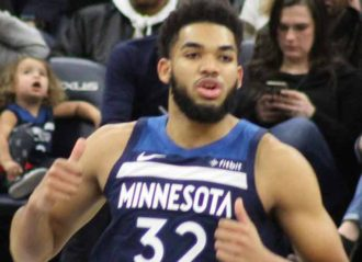 Karl Anthony-Towns Says Mother Is In Coma After Experiencing COVID-19 Symptoms