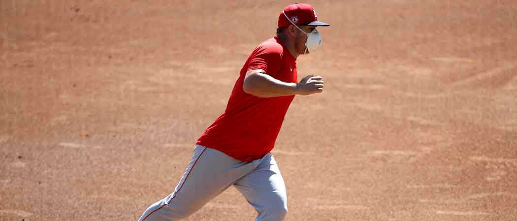 Image Of Mike Trout Wearing A Mask While Practicing Goes Viral