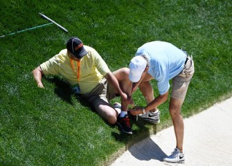 U.S. Open Caddie Falls, Breaks Ankle During Practice Round At Oakmont
