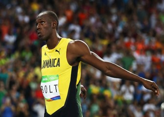 Usain Bolt Continues Hot Olympic Streak With 200M Semifinal Win; USA's Justin Gatlin Crashes Out