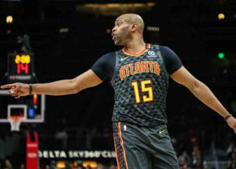 Hawks' Vince Carter Officially Announces Retirement From NBA After 22-Seasons