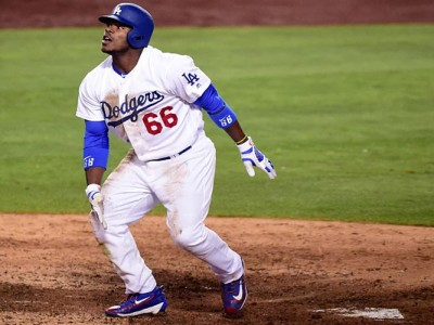 Watch: Dodgers' Yasiel Puig Gives Cleveland Fans Middle Finger After Scoring HR
