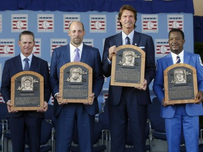 Cooperstown Welcomes the Baseball Hall of Fame Class of 2015