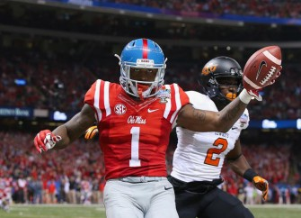 Ole Miss Wide Receiver Laquon Treadwell Signs Autographs Until 2AM After Sugar Bowl